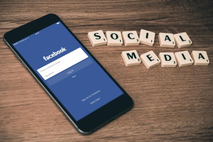 etykieta biznesu portale społecznościowe Dorota Szcześniak-Kosiorek