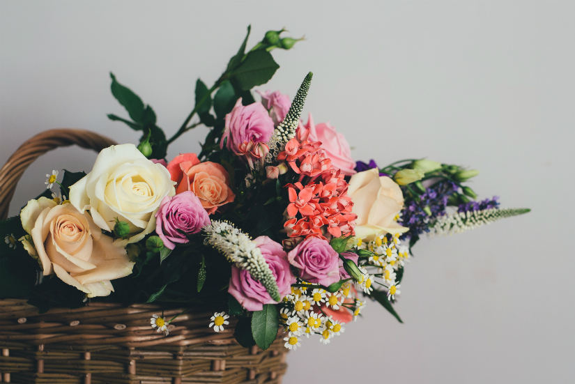 sztuka wręczania kwiatów savoir-vivre liczba kwiatów